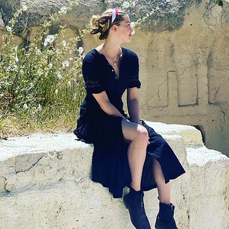 Уроки гончарного мастерства, прогулки на яхте и чтение книг: как проходит отпуск Эмбер Херд в Турции Довольно неожиданное направление для отдыха этим летом выбрала 34-летняя Эмбер Херд. В
