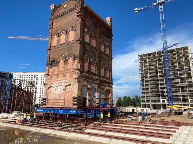 Передвижение водонапорной башни на территории завода «Борец», 2020 год.