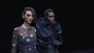 Giorgio Armani Fall Winter 2021-22 Women's Fashion Show