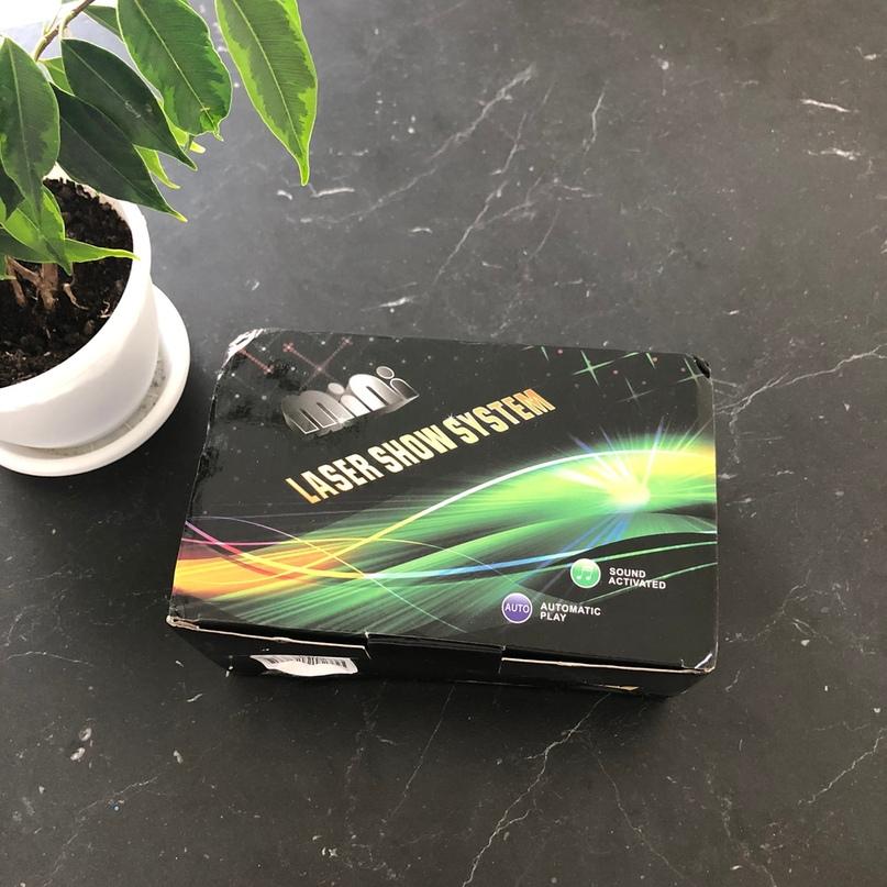 Лазерный проектор 📽 4 в 1 купила в подарок