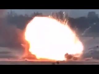 Минобороны Армении публикует кадры уничтожения летательных аппаратов ВС Азербайджана. #Азербайджан #Армения