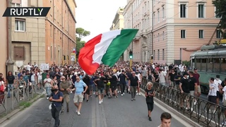 'Draghi Like Hitler'   Protesters slam Italian PM for introducing Covid health pass