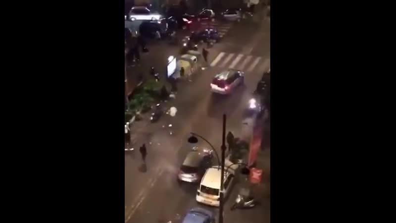 Napoli disordini di massa