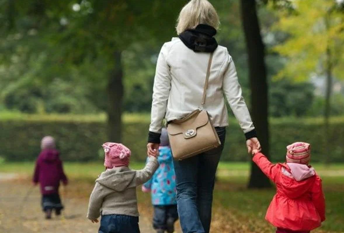 В КЧР расширили меры поддержки многодетных семей