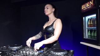Ksenia Pavlova -  Live  Radio Intense