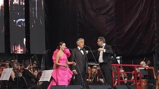 Аида Гарифуллина и Андреа Бочелли С. Петербург | Andrea Bocelli and Aida Garifullina St. Petersburg