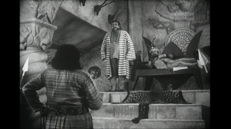 Гупи поет Багха танцует Goopy Gyne Bagha Byne 1968 Индия