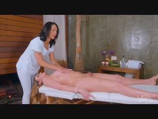 Hanna Rios  Lara Machado - Brazilian Tour Hot Cock Massage
