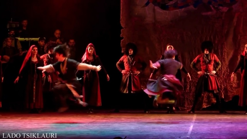 აჭარის სახელმწიფო ანსამბლი ცეკვა - მთიულუ4