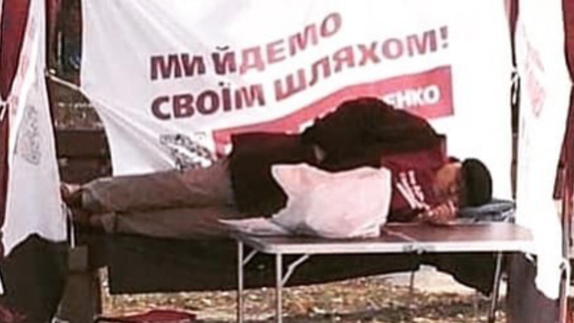Скоро палатки Порошенко будут постоянной рубрикой