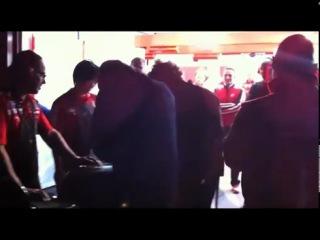 Valentino Rossi meets the Ducati Desmosedici GP11 3