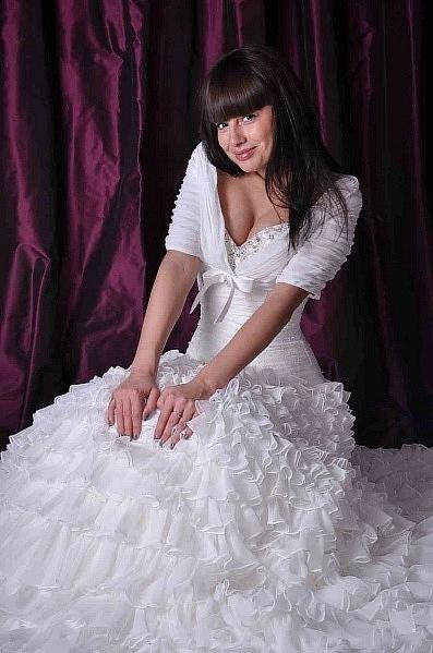 всему платье нелли ермолаевой фото спереди началось того момента