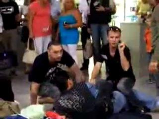 Король и Шут -Драка в аэропорту(г.Калининград)