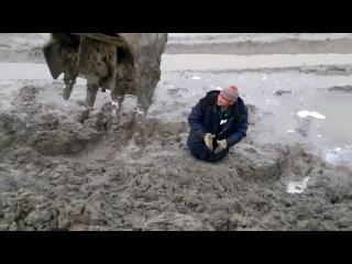 Мужик увяз в грязи или Из грязи в князи