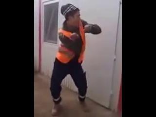 Танцующие таджики