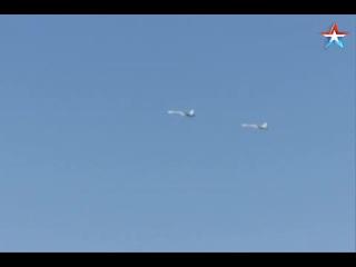 В Крыму прошли учебные полеты экипажей истребителей Су-27СМ и Су-30М2