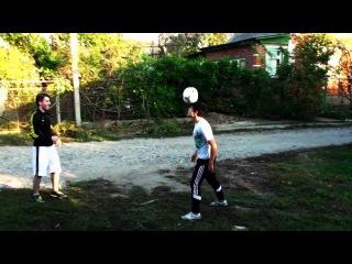 Футбольный фристайл,немного с юмором...MP4