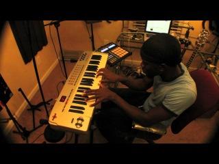 Omari T.: Neo-Soul Keys 3x by GospelMusicians
