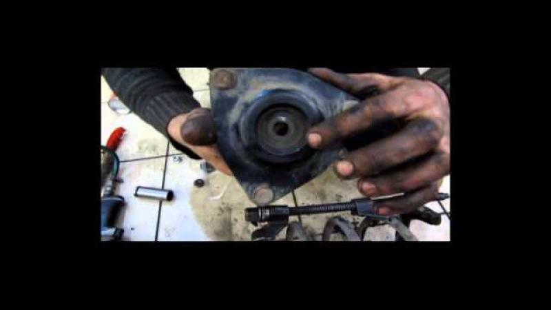 Замена потекшего амортизатора передней стойки и задней подушки двигателя Mitsubishi Lancer X