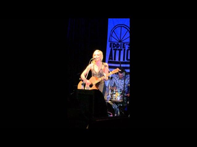 Emily Kinney live 5 20 15 Mess @ Eddie's Attic in Decatur Ga
