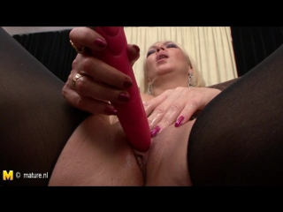 Old but still hot mother and her hungry vagina hd porn 40 nl