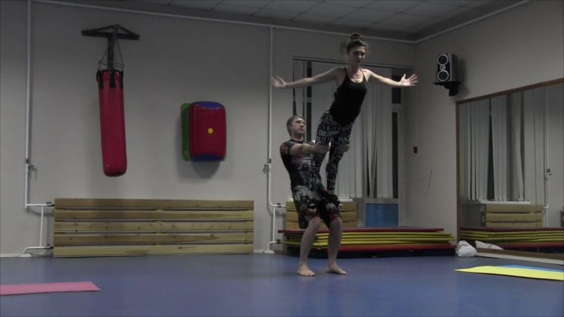 Acroyoga Dance Flow by yARTsave/preKRASnaya. Ассоциативное флоу. 1. Воздух. Паша и Рита