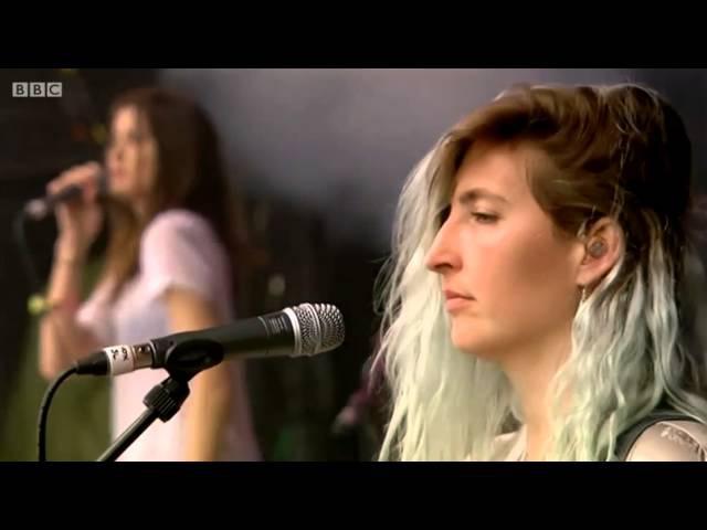 Warpaint - 'Intro' 'Love Is To Die' (Live 2014)