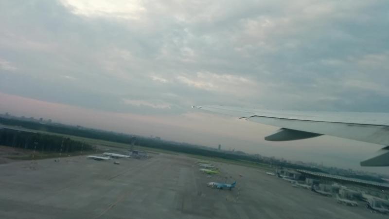 Взлет Boeing 777-200ER в Пулково