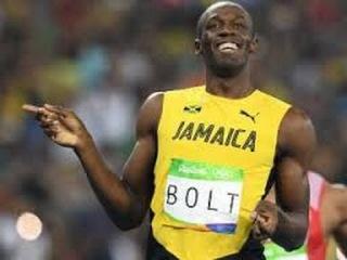 Rio 2016 Usain Bolt wins Gold 200m Final 19:78 seconds