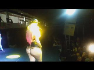 As tequileiras mostra a calcinha em são gonçalo - rj | brazilian girls vk.com/braziliangirls