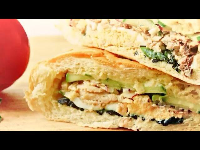 Пан Банья   Хлеб  Оливки Каперсы Кабачок Маринованный перец Маринованные помидоры  Твердый сыр...