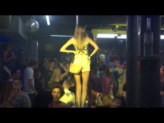 Sexy young Russian girls play on the bar Paradiso club Chersonissos Crete 2016