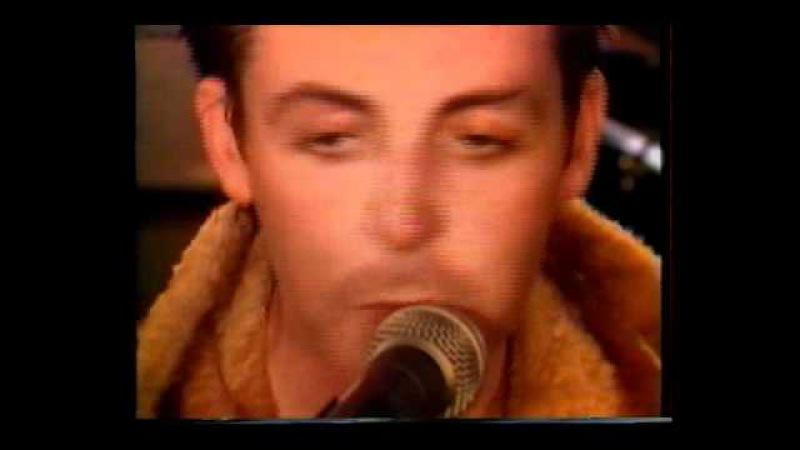 Paul McCartney Wings Spin It On