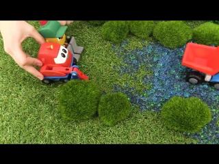 Грузовичок Лева. Мультик с игрушками про машинки ! #ГрузовичокЛева застрял в болоте! Лева буксует!