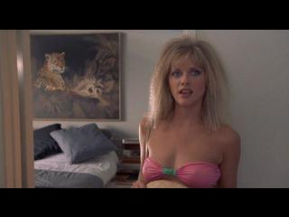 Nackt Barbara Crampton  Nudity in