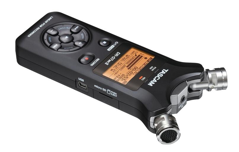 Двухканальный рекордер Tascam dr-07