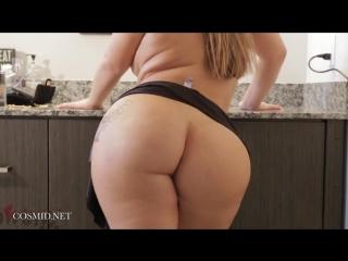 Lisa Martiz TWERK Big ass
