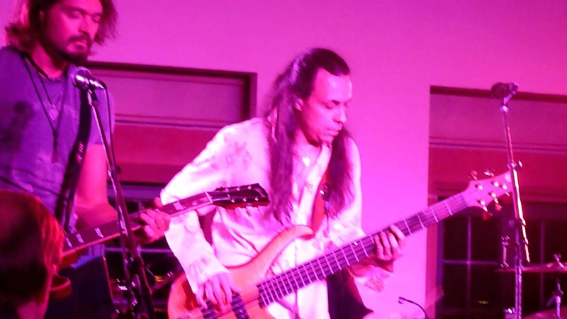 Ken Hensley - Ready to Die / the curse / Circle of Hands Part 1 @ Lichtenfels 2013