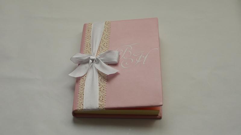 Книга пожеланий-фотоальбом на свадьбу   Бант на обложке