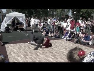 "Jam Style Crew and Da Boogie Crew Александр Мерзликин. Судейский выход на Фестивале ""Пати в Ряжске"""