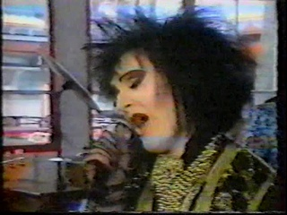 Siouxsie & The Banshees 4 May 1986 : french tv FR3 'Décibels' : Cities in Dust, Candyman