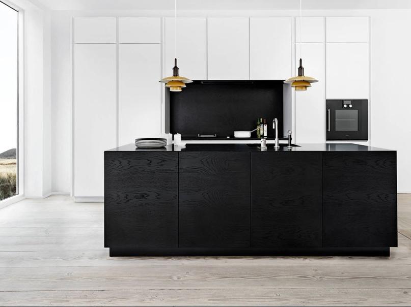 Черно-белая кухня – особенности контрастного дизайна., изображение №1