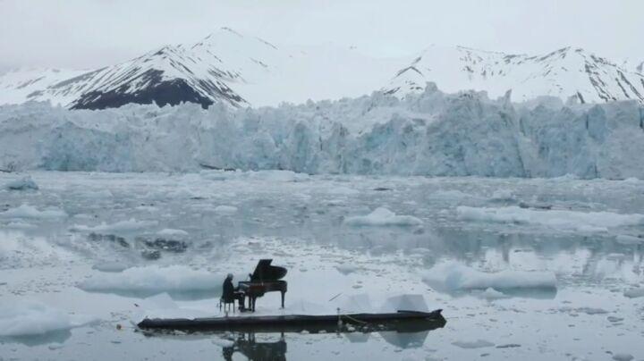 "I N S P I R A T I O N 自由职业者 on Instagram ludovicoeinaudi music piano save 78° 29 121 N 014º17 986Е The Arctic"""