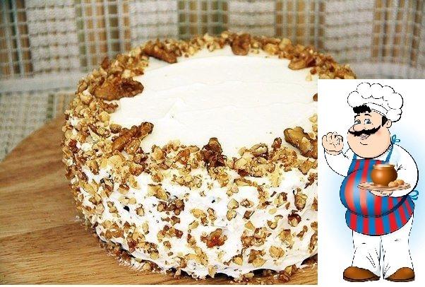 Торт из печенья с орехами и сметанным кремом