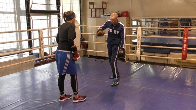 Бокс: Мощная двойка с уклоном (English subs)