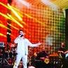 "BERK e®can MÜHÜRDAROĞLU B e M on Instagram VE TARKAN ZAMANI tarkan tarkanzamani sing song singer sanat ses night entertainment music instamood instagood mood good…"""