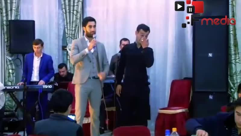 Jonli ijroda 'Akam' qo'shig'ini kuylab Akbarshox Botirov to'yda Kiyovni yig'latdi Yorvordi