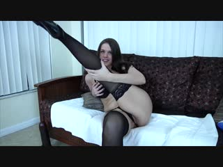 Roxy Raye [Milf, Masturbation, Pissing, Solo, Orgasm, Ass, Dildo, Fisting, Squirt][Милф, Секс, Фистинг, Сквирт, Соло]