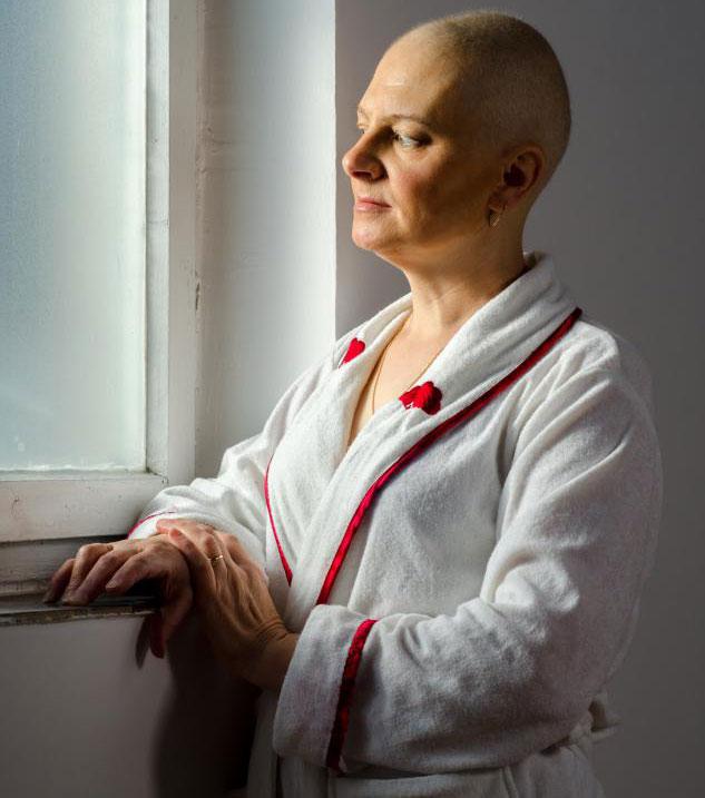 Лучевая терапия может вызвать у некоторых больных раком тошноту и рвоту.