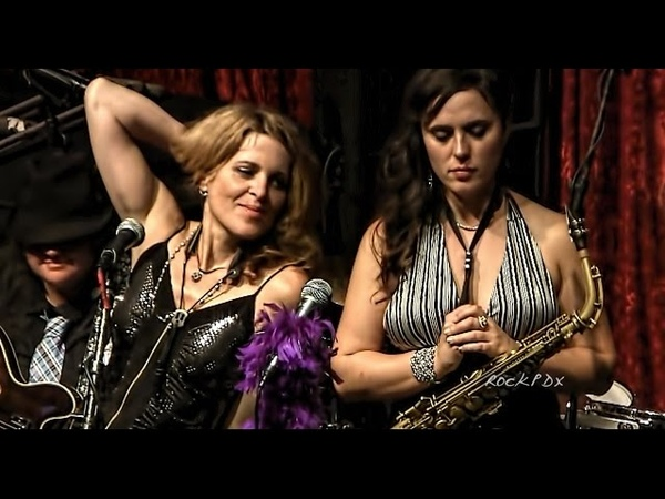 Only So Much Oil all Girl Sax quartet masterpiece Tower of Power by The Quadraphonnes